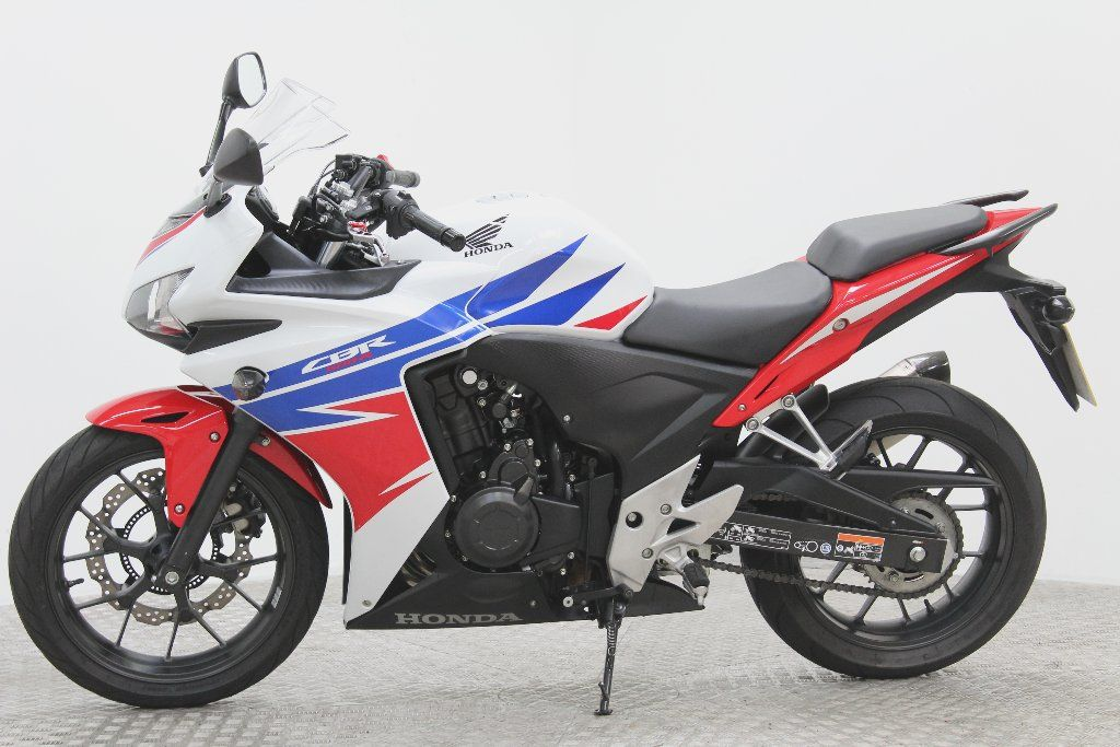 used honda cbr500 available for sale white 5000 miles honda used motorcycles. Black Bedroom Furniture Sets. Home Design Ideas